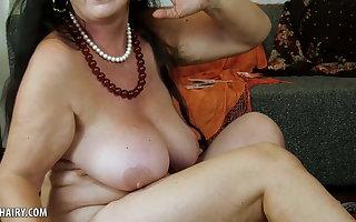 Esmeralda Vibrator Masturbation