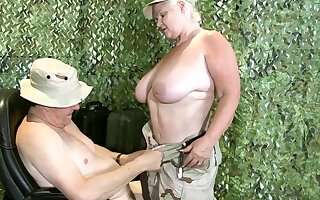 LACEYSTARR - Granny Lacey is approachable to take orders