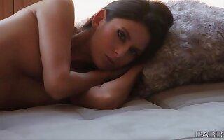 Babes.com - PURE Ascent - Nikki Daniels