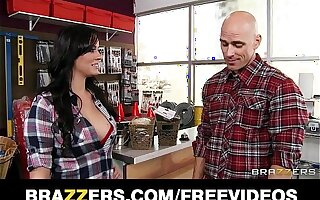 Thick big-tit cashier Mandy Fog fucks her consumer thither her store